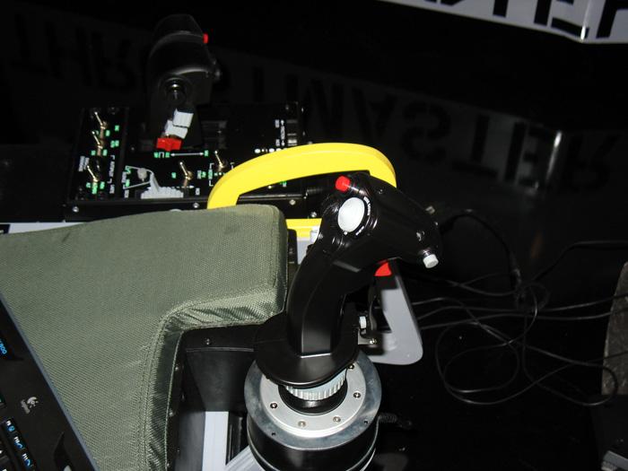 Thrustmaster HOTAS Warthog cockpit installation