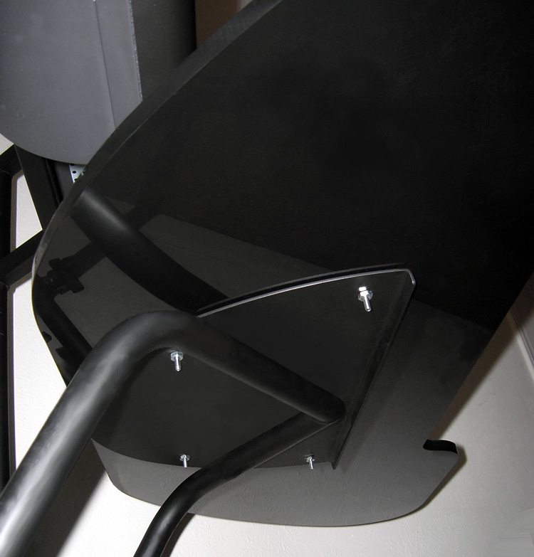 Obutto oZone Gaming Cockpit - tabletop mounting