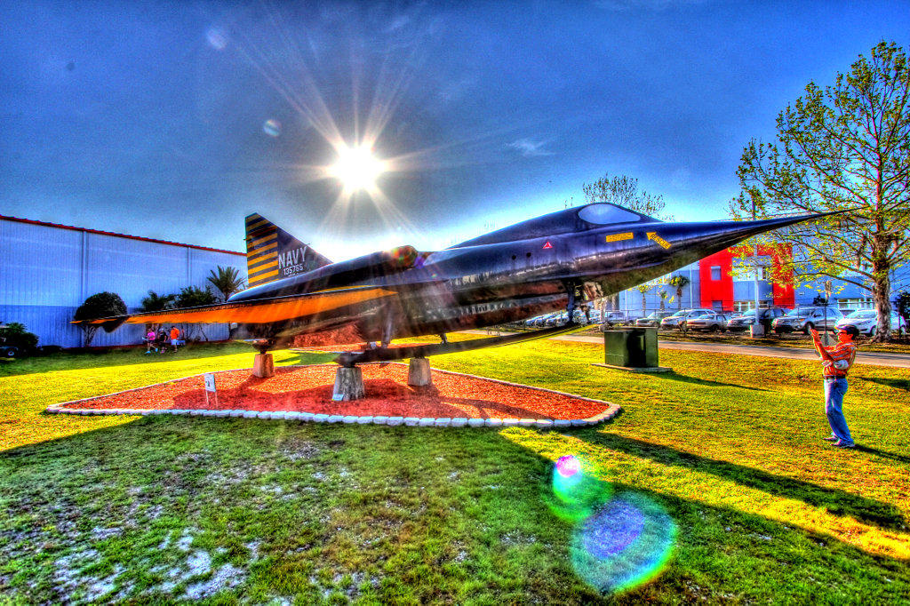 sun-n-fun-airshow-hdr-navy-fighter